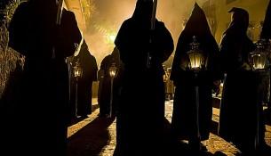 Processione nera a Sorrento