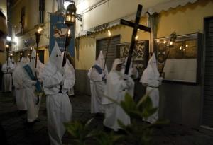 La Processione Bianca della Settimana Santa a Sorrento